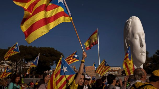 Marchers in Madrid back Catalan separatists on trial