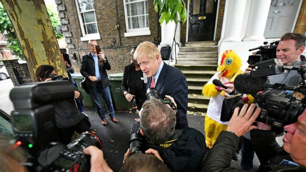 UK Tory race down to 4 as rivals vie to catch Boris Johnson