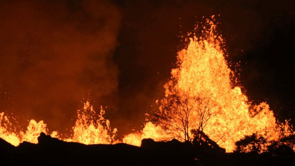 Water in Hawaii volcano could trigger explosive eruptions thumbnail