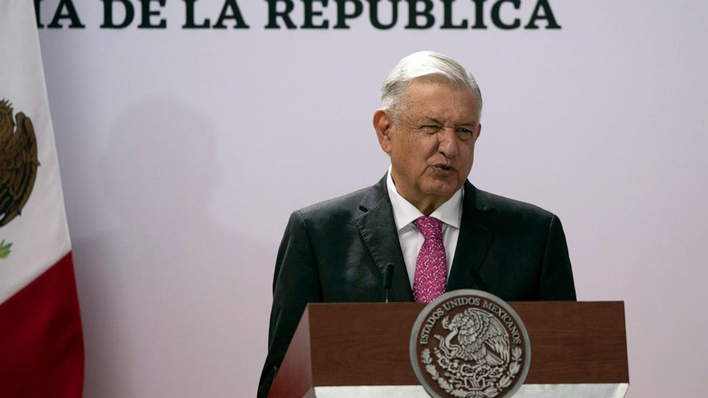 Mexican president calls Cuba 'example,' wants OAS replaced