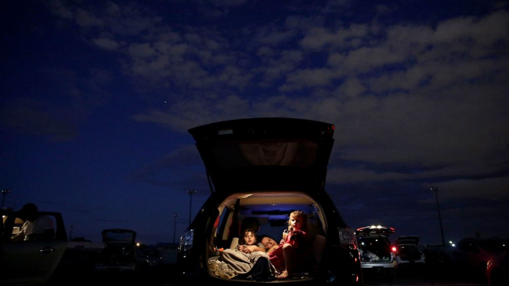 Ap Photos Brazil Drive In A Welcome Escape From Pandemic Abc News