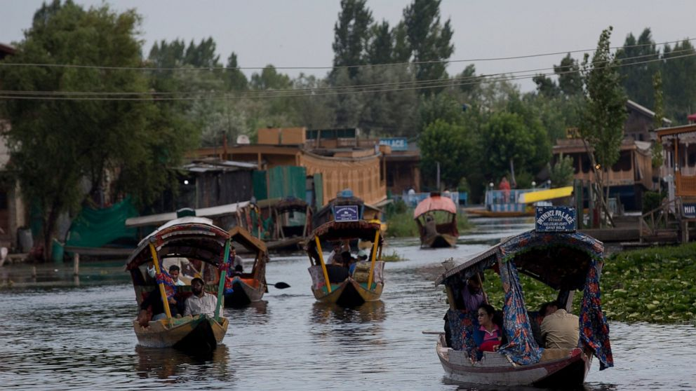 India to allow tourists back into locked-down Kashmir