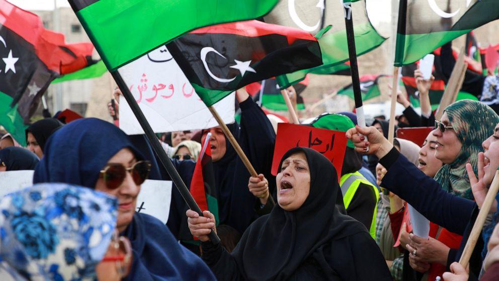 Libyan officials: Militant attack kills 9 troops at LNA base