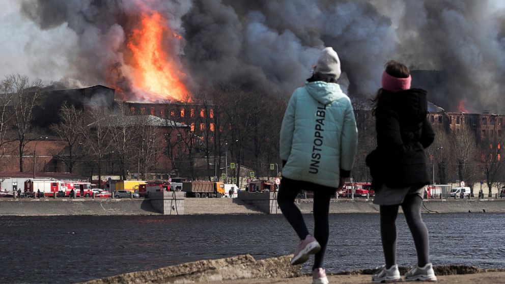 Firefighter Killed as Massive Fire Destroys Historic Factory in St. Petersburg