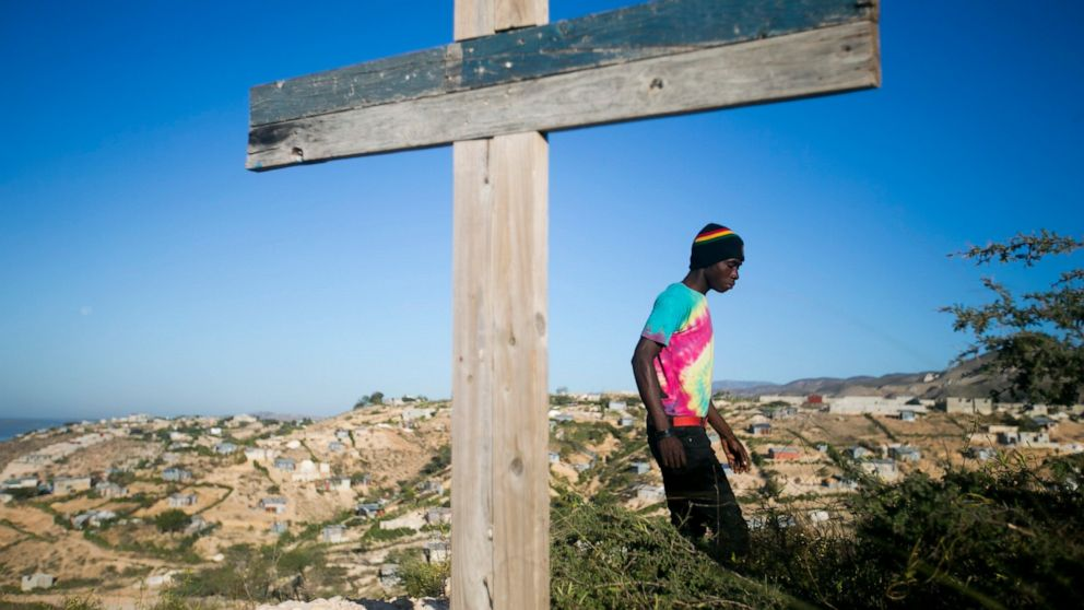 Haitians remember victims of massive earthquake 10 years on thumbnail