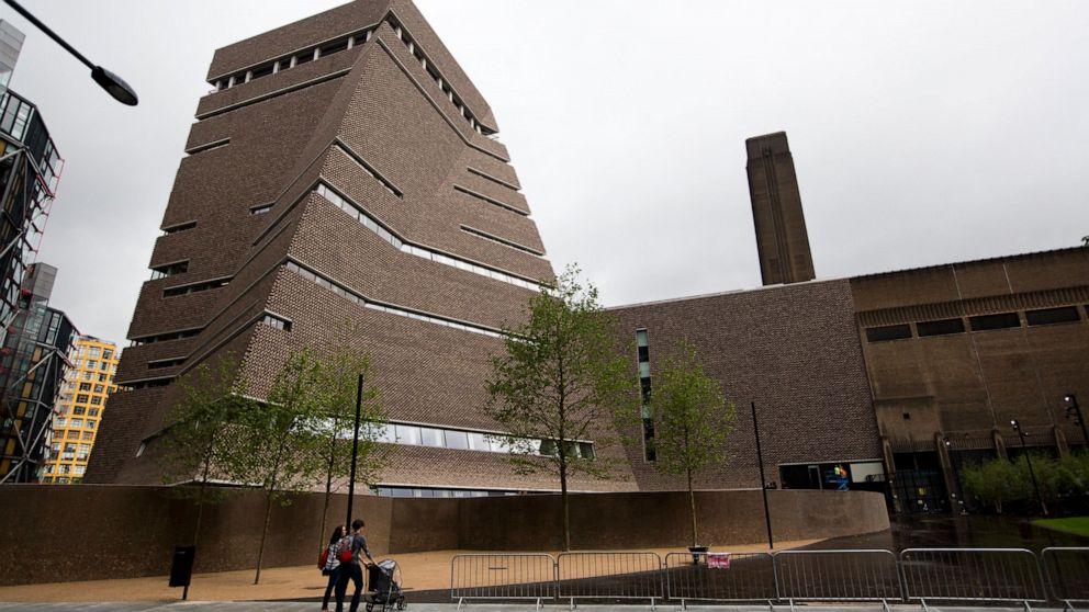 Κατηγορούμενος μετά Πικάσο ζωγραφική βλάβη στο Λονδίνο gallery