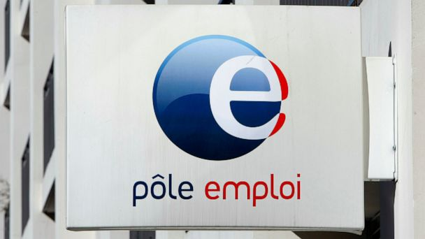 France cuts jobless benefits as part of Macron reforms plan