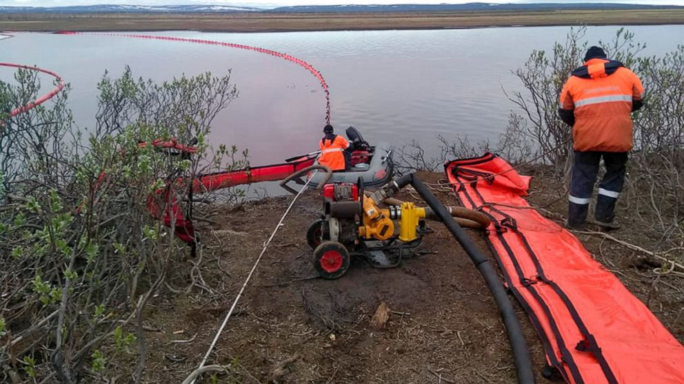 Putin chastises Russian tycoon over massive Arctic oil spill thumbnail