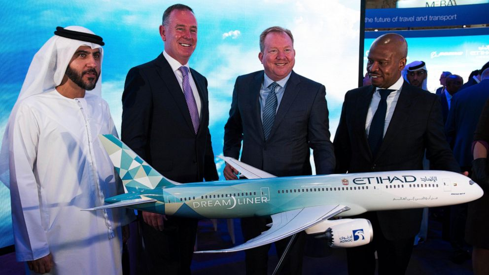 Emirates announces order for 50 Airbus A350s worth $16B thumbnail