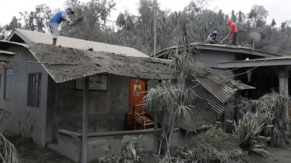 Despite danger, Filipinos made restive volcano their hom thumbnail
