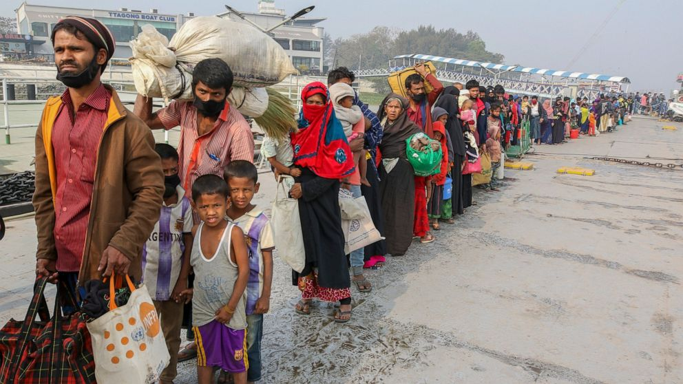 UN: India searching for Rohingya adrift without food, water