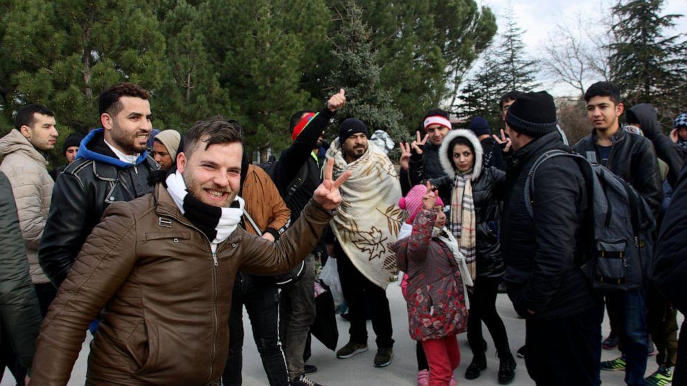 NATO urges Syria, Russia to halt airstrikes as migrants mov thumbnail