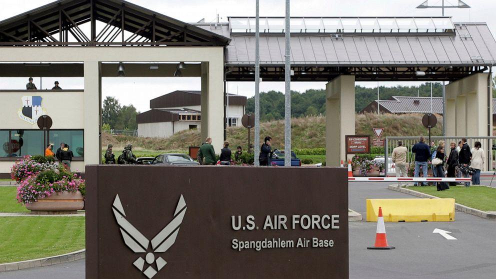 米空軍の調査死亡の2airmenでドイツ基盤