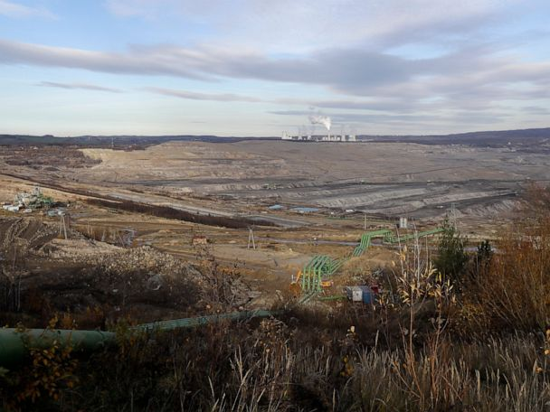 Massive coal mine sparks international dispute