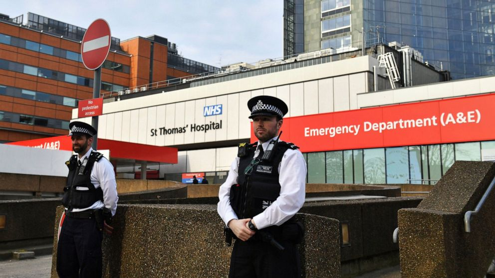 英国首相鲍里斯·约翰逊(Boris Johnsons)在ICU度过第二天