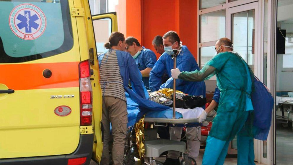 12 Migranten tot aufgefunden, 21 gerettet, die auf dem Meer vor West-Griechenland