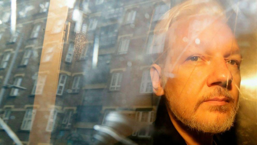 Expert: Assange showed symptoms of 'psychological torture' thumbnail