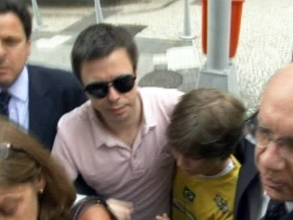 VIDEO: David Goldman reunites with his son Sean.