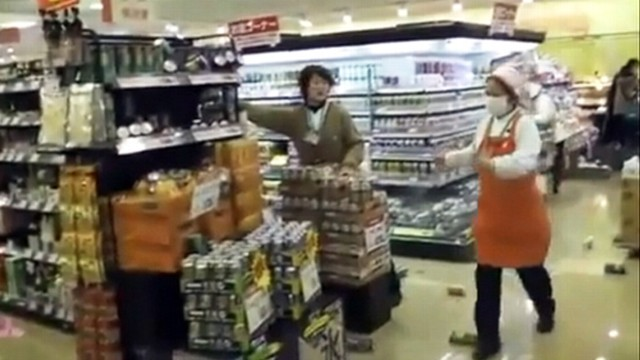 VIDEO: Amateur video shows 8.9 magnitude earthquake's effect at a grocery store.