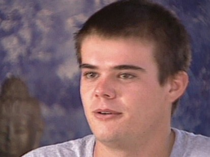 VIDEO: Joran van der Sloot is sought in the murder of a Peruvian woman.