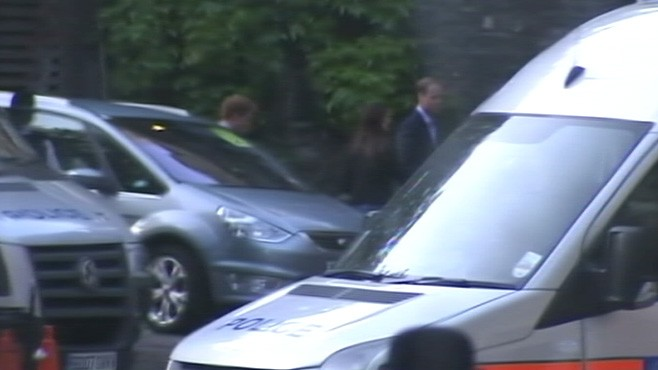 VIDEO: Prince William, Kate Middleton and Prince Harry arrive at Westminster Abbey.