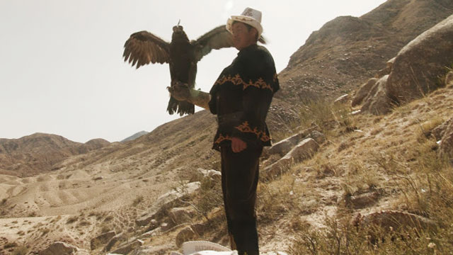 PHOTO: In the rugged mountains of Kyrgyzstan, golden eagles are not pets. They are hunting partners.