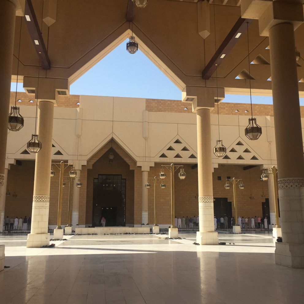 The courtyard of the Grand Mosque is Riyadh, connected to the headquarters of the religious police.