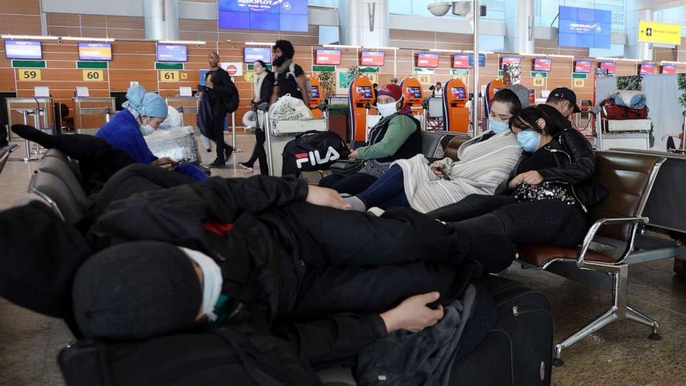 Amerika terjebak sebagai penerbangan terakhir dari Rusia berhenti di aspal