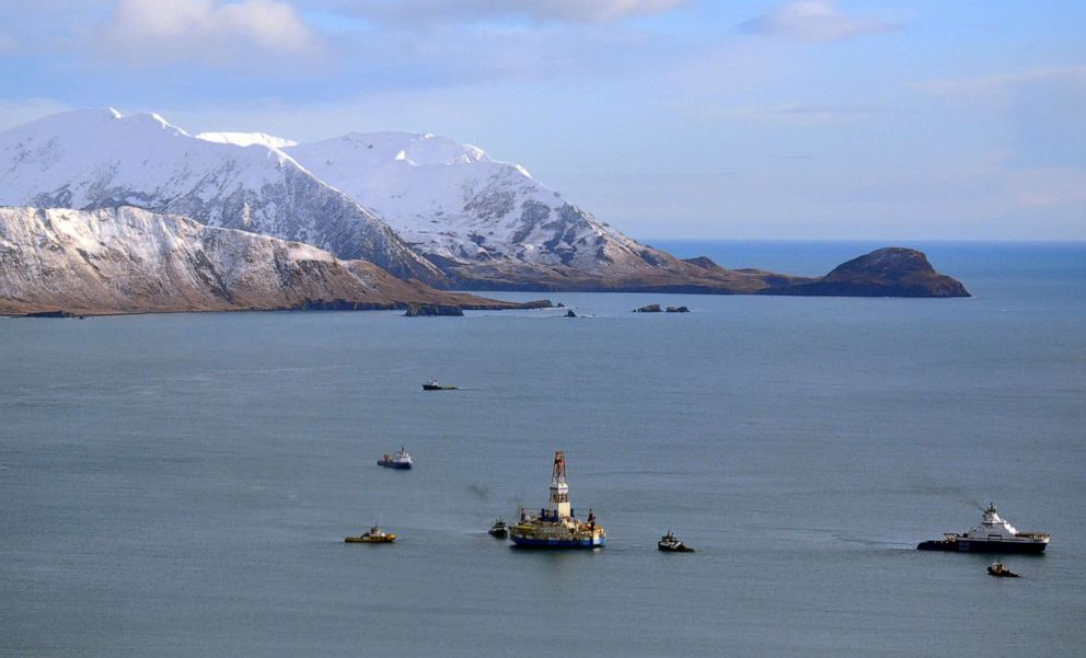 PHOTO: A floating drill rig off Kodiak Island in Alaskas Kiliuda Bay, Jan. 7, 2013.