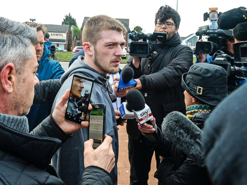 PHOTO: Tom Evans speaks to the media outside Alder Hey Childrens Hospital where his 23-month-old son Alfie has been at the center of a life-support treatment dispute, in Liverpool, England, April 26, 2018.