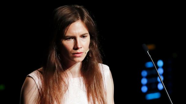 Amanda Knox returns to Italy for 1st time since her acquittal