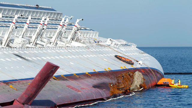 Cruise Ship Wreck Womans Body Found 20 Still Missing