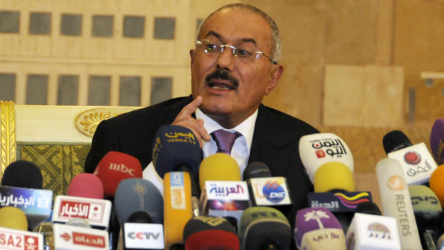 PHOTO: Yemens President Ali Abdullah Saleh speaks to reporters during a press conference at the Presidential Palace in Sanaa, Yemen on Dec. 24, 2011.