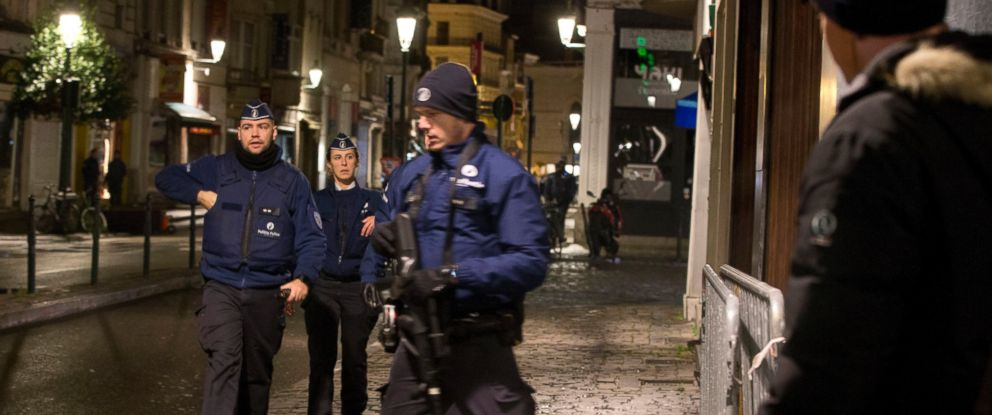 PHOTO: Police patrol during an operation in the center of Brussels on Sunday, Nov. 22, 2015.