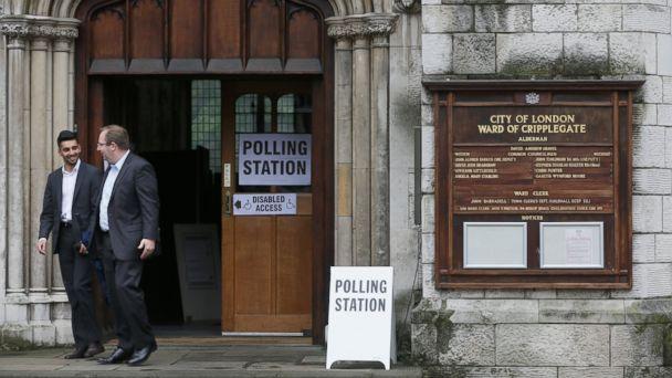 https://s.abcnews.com/images/International/ap_british_voting_01_mt_160623_16x9_608.jpg