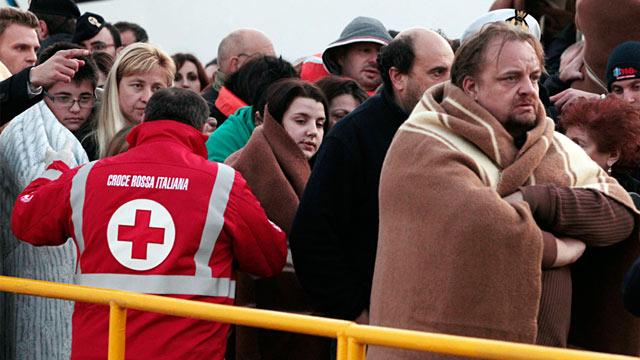 PHOTO: Cruise Ship Runs Aground Off Italy