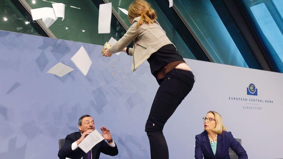 Protester Unexpectedly 'Glitter Bombs' European Central Bank President - ABC News