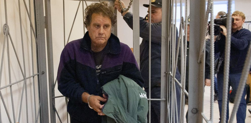 PHOTO: Activist and Arctic Sunrise Captain Peter Willcox, of the U.S., arrives for his bail hearing, at a court in Murmansk, Russia, in this Oct. 14, 2013 photo.