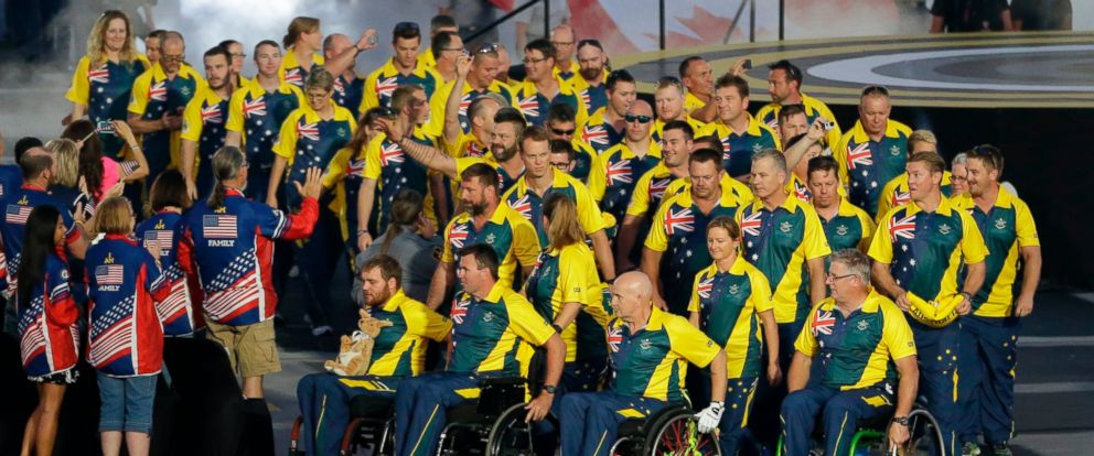 PHOTO: Athletes from Australia enter the stadium during the opening ceremony for the Invictus Games, an international Paralympic-style multisport event, Sunday, May 8, 2016, in Kissimmee, Fla.