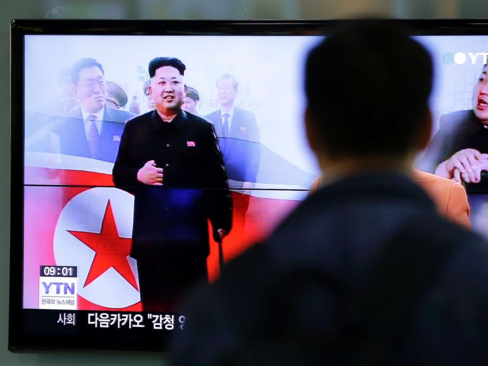 PHOTO: A man watches a TV news program in Seoul, South Korea, Oct. 14, 2014, showing North Korean leader Kim Jong-un using a cane, reportedly during his first public appearance in five weeks in Pyongyang, North Korea.