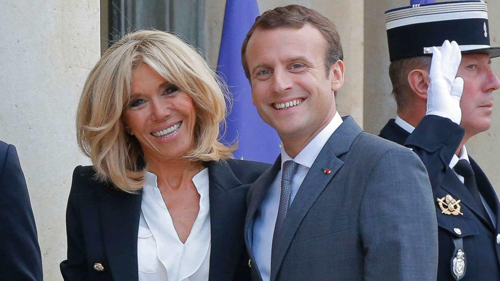 Emmanuel Macron S Wife On 25 Year Age Gap We Have Breakfast Together Me And My Wrinkles Abc News