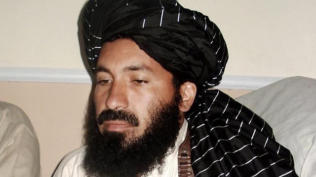 PHOTO: Pakistani militant commander Maulvi Nazir meets his associates in South Waziristan, Pakistan near the Afghani border, April, 20, 2007.