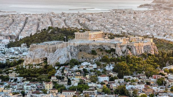 Earthquake hits Athens, Greece