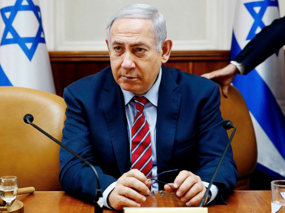 PHOTO: Israeli Prime Minister Benjamin Netanyahu chairs the weekly Cabinet meeting in his Jerusalem office on March 25, 2018.