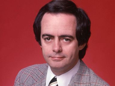 PHOTO: ABC News correspondent Bill Stewart poses for a portrait in February 1978.