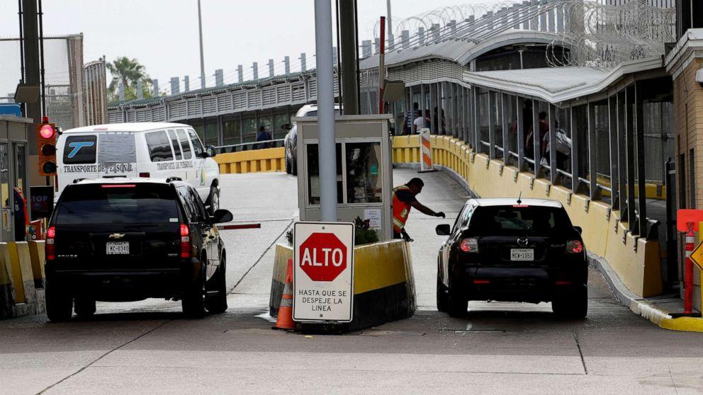 border crossing 01 ap jef 200402 hpMain 16x9 992