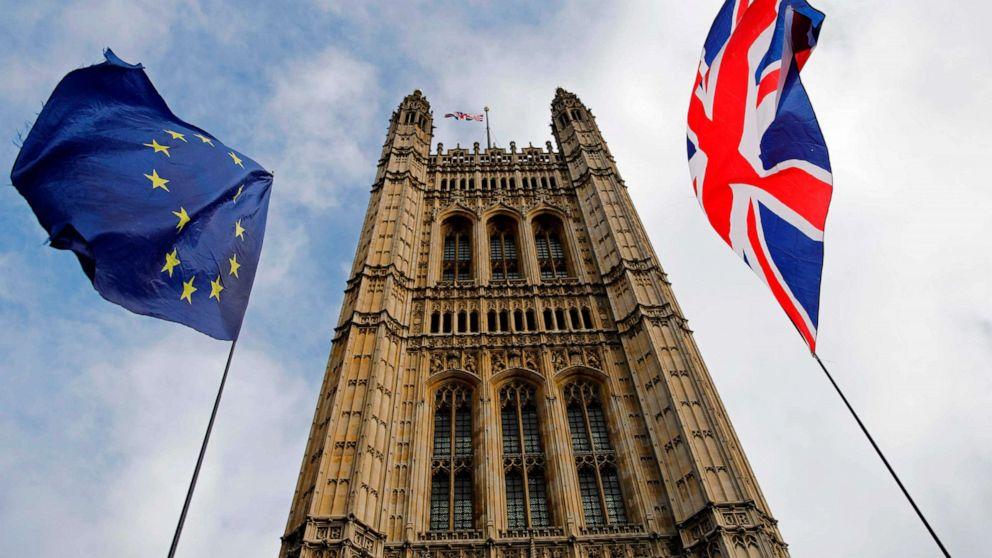 Βρετανικό Κοινοβούλιο ψηφίζει για να αναγκάσει Brexit καθυστέρηση στην οπισθοδρόμηση για Μπόρις Τζόνσον