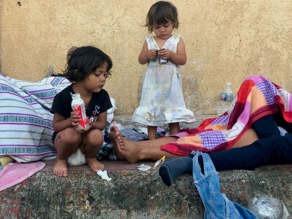 PHOTO: Monserrat, 4, and Emily, 2, left San Pedro Sula, Honduras with their father, ho said that the journey has been hard for the kids physically and emotionally.