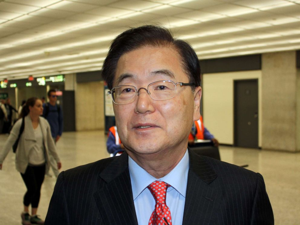 PHOTO: Moons security aide Chung Eui-yong, the top security adviser to South Korean President Moon Jae-in, arrives at an airport in Washington, April 12, 2018.