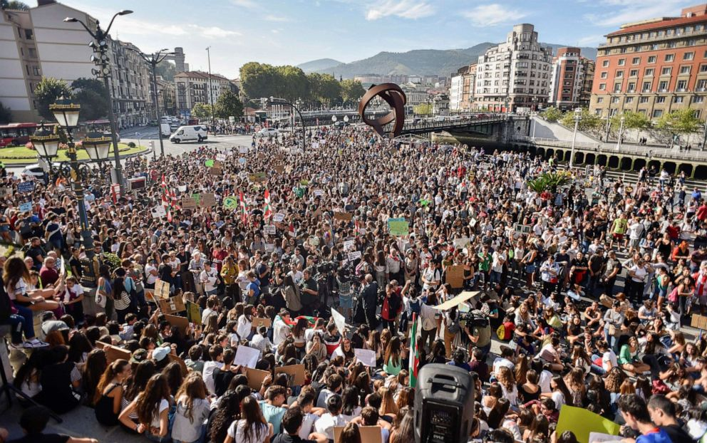 PHOTO: Hundreds of people gather to protest against climate change politics in Bilbao, Basque Country, Spain, 27 September 2019.